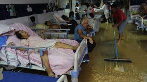 La Oficina para la Coordinación de Asuntos Humanitarios es la que debe traer los medicamentos