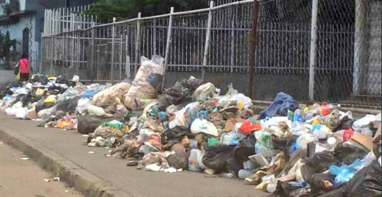 Camión de basura no pasa por el JM de los Ríos desde hace una semana