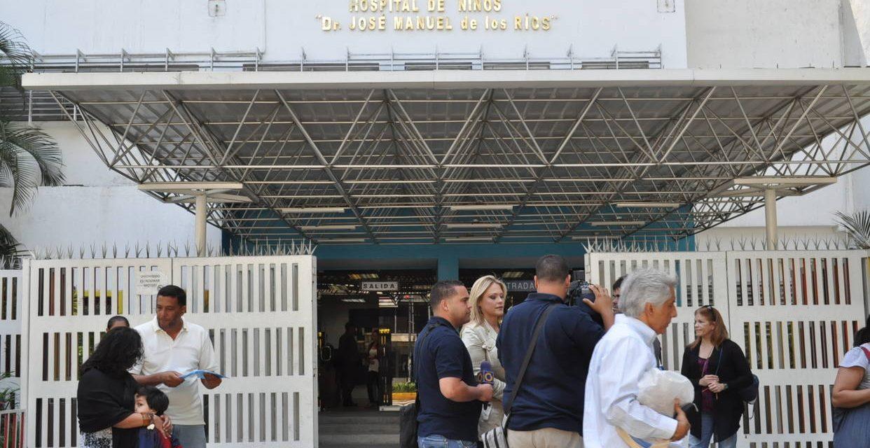 Contratan en el JM de los Ríos personal sin entrenamiento en cuidados intensivos