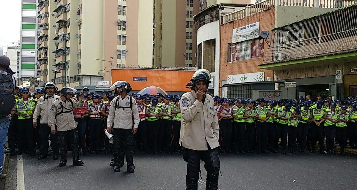 Piquetes de la PNG impidieron a marcha en salud llegar al Ministerio