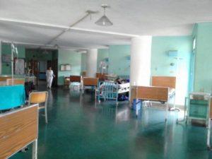 Pacientes denuncian que en el servicio de cardiología del Universitario no hay ni agujas