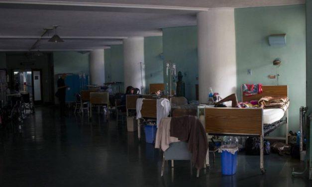 Médicos del Clínico exhortan al Gobierno a cumplir con el derecho a la salud