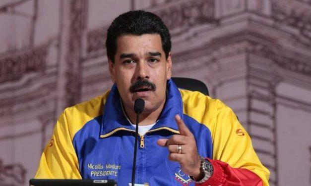 Maduro aprueba recursos para el IVSS e insumos para el Cardiológico Infantil