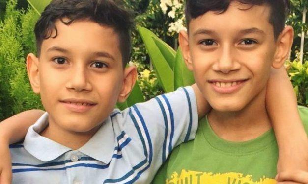 Padres de morochos hemofílicos decide irse del país ante escasez de tratamiento