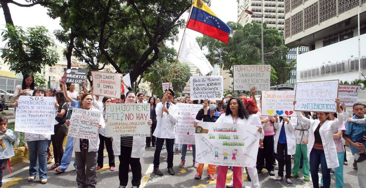 ONG exigen a Rotondaro informar dónde están los medicamentos del IVSS